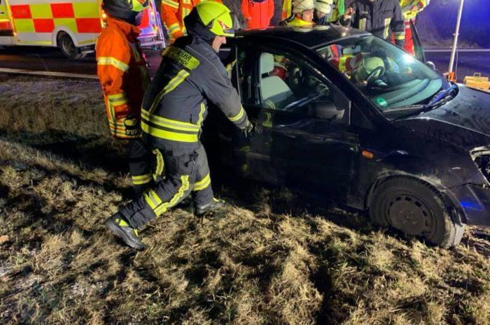 Verkehrsunfall, eingeklemmte Person- A73